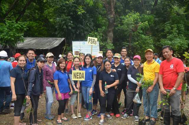 RDC IV-A Tree Planting Activity in Lobo Watershed